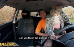 الطالب الشاب يمارس الجنس مع سائق من أوبر بعد المدرسة