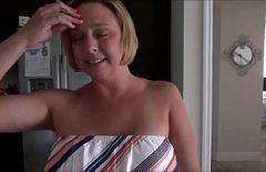 الأفلام الإباحية الرومانية القديمة المجانية مع أمي استمناء في حوض الاستحمام