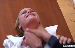 Xxx اغتصبها الجولان الجميل الذي يعطي فمها طيبًا